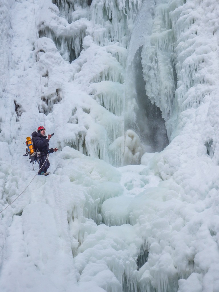 Ice Canyoning in Québec // Why You Should Be All up in This | Our guide taking selfies while ice canyoning in Québec