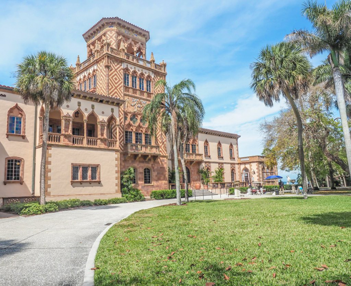 The Ringling // Getting My Italy Fix in Florida | Ringling | Ringling art museum and sculpture garden | Sarasota, Florida | The Ringling art museum | Rose garden | Ca'D'Zan