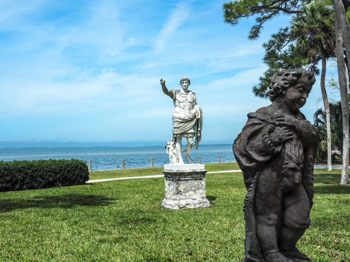 The Ringling // Getting My Italy Fix in Florida | Ringling | Ringling art museum and sculpture garden | Sarasota, Florida | The Ringling art museum | Statues