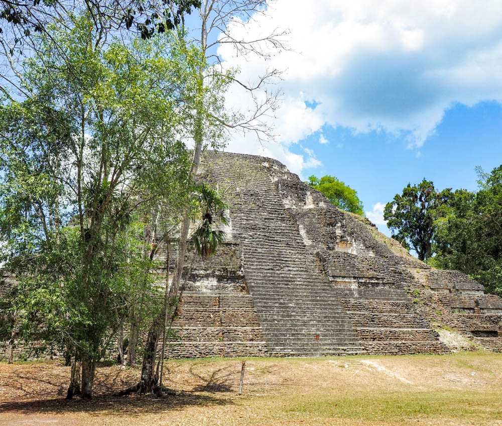 ancient temple in the sun on belize to tikal day trip