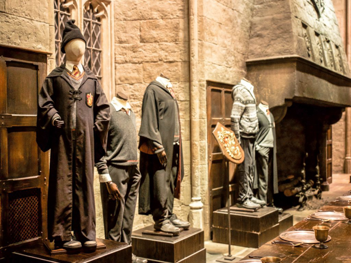 Do This, Not That // Harry Potter Studio Tour | Leavesden, London, UK | Harry Potter film studio and set | Things to do in London | What to do in London | What to see in London | House Gryffindor