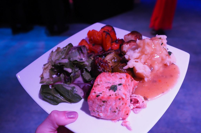 nyc thanksgiving dinner cruise meal - plate of food