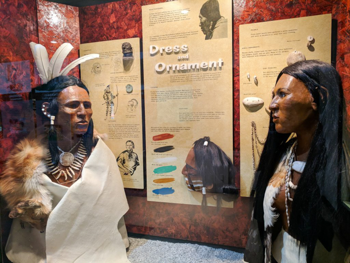 9 Reasons You Should Visit Chucalissa Indian Village | Memphis, Tennessee | West Tennessee Historic Landmark | History museum | Native American, American Indian historical site | Chickasaw, Choctaw, Cherokee, Quapaw, Mississippian culture | Earthen Mound complex | face painting