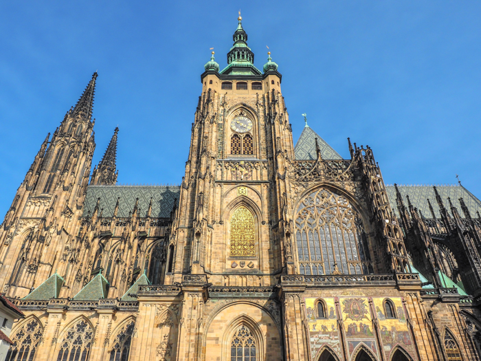 Czeching Out the Best of Prague in 3 Days | Prague Castle | St. Vitus Cathedral