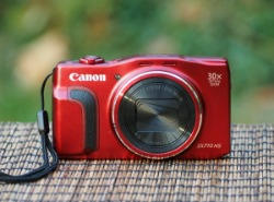 what to pack | photography gear for beginners point and shoot camera