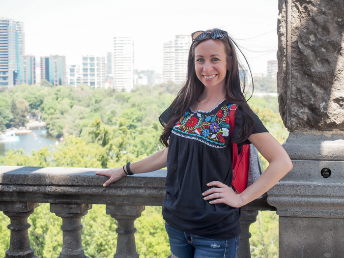 What to pack for Mexico City | What to wear in Mexico City | What to bring to Mexico City | CDMX | mexican blouse, mexican shirt, puebla shirt | Chapultepec Castle
