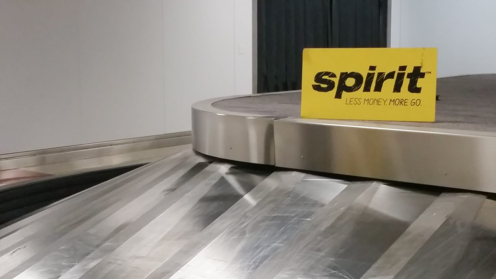 Spirit Airlines Review // You Get What You Pay For | Don't say I didn't warn you.