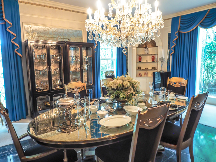Dining room | 13 Reasons to Visit Graceland in Memphis, Tennessee even if you're not an Elvis Presley fan #Elvis #Graceland #Memphis #traveltips