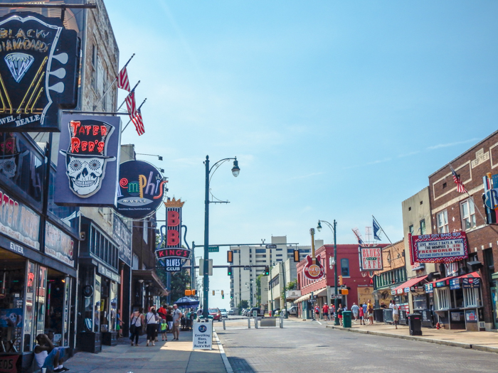 200 things to do in memphis, tennessee for first-time visitors, a local's guide | Beale Street #memphis #traveltips #bealestreet