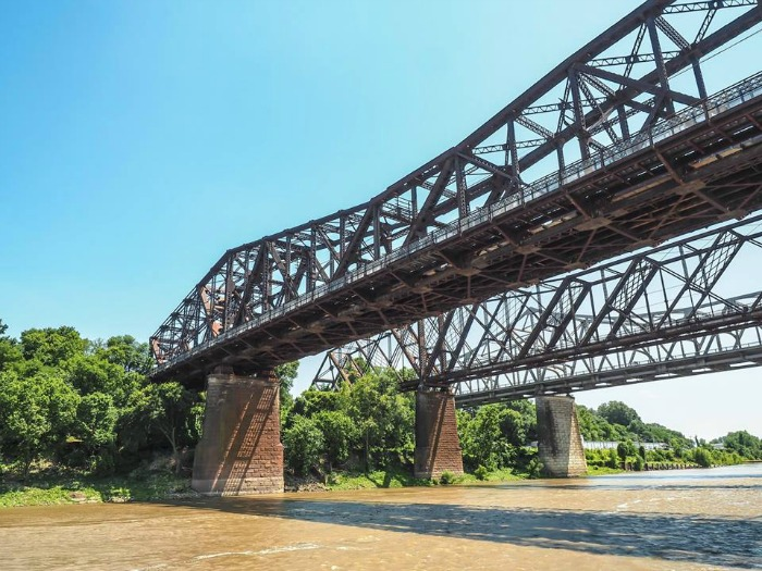 200 things to do in memphis, tennessee for first-time visitors, a local's guide | Big River Crossing over the Mississippi River #traveltips #memphis