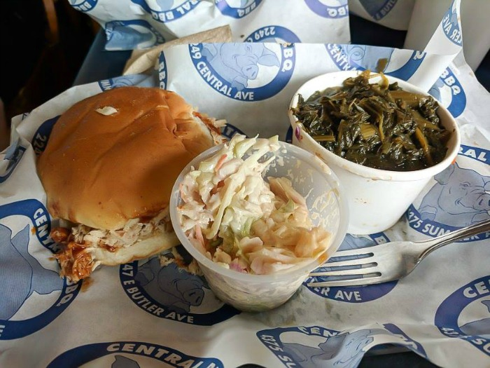 200 things to do in memphis, tennessee for first-time visitors, a local's guide | Central BBQ #memphis #BBQ #traveltips