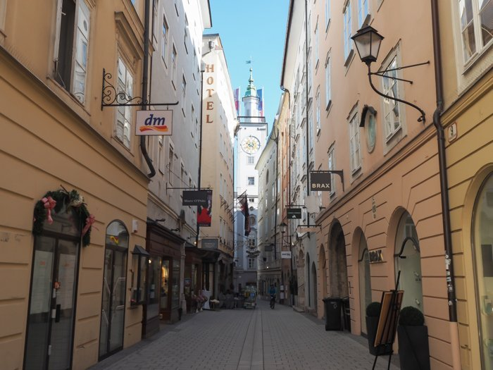 How to Squeeze in a Day Trip to Salzburg from Munich | Austria to Germany | Sound of music, mozart, castle, brewery, museums #salzburg #austria #thesoundofmusic #beer #mozart #daytrip #castle | Salzburg city center + Getreidegasse