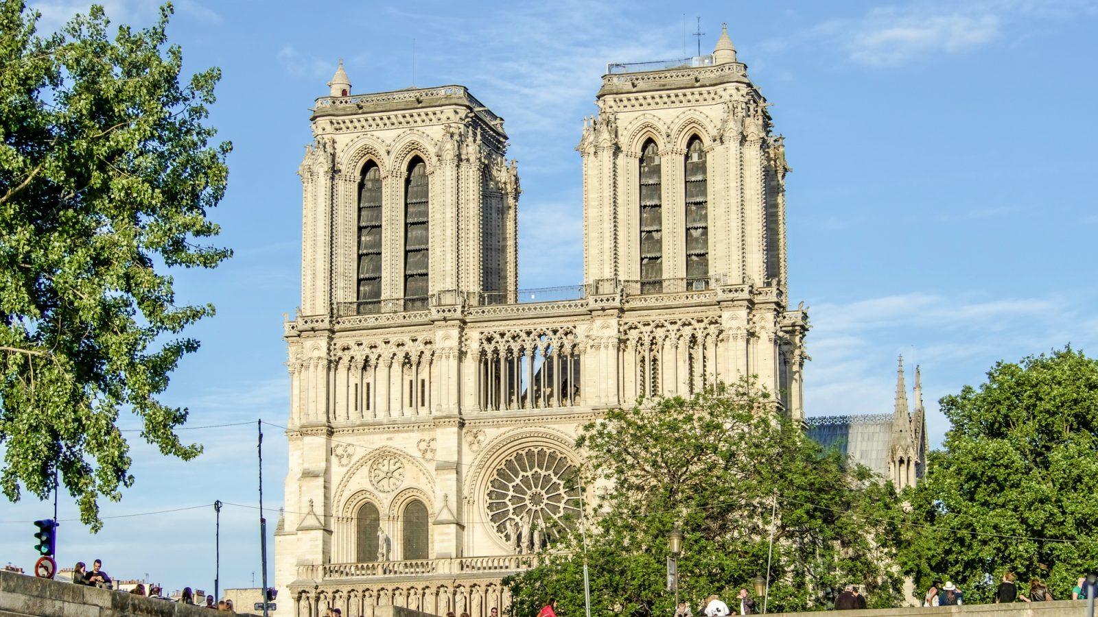 When is the best time to visit Paris, France? Visiting Paris in the summer vs. visiting Paris in the winter