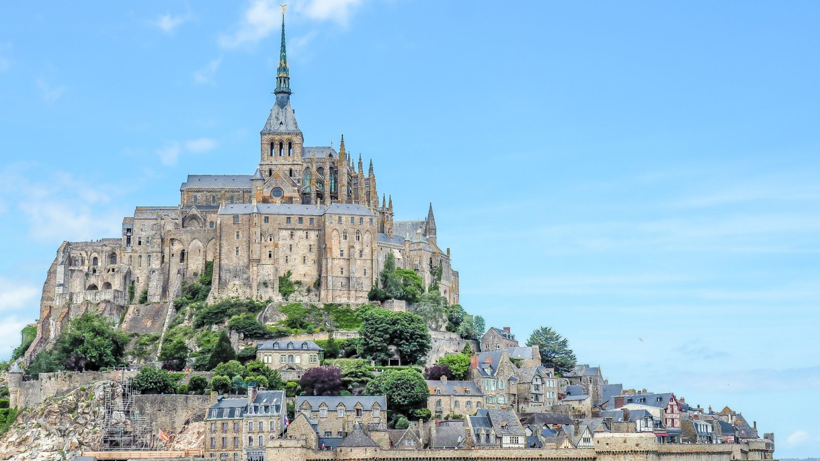 Not just a pretty face // It's actually worth visiting Mont Saint Michel | Normandy | France | Sometimes Britany | Medieval abbey on an island