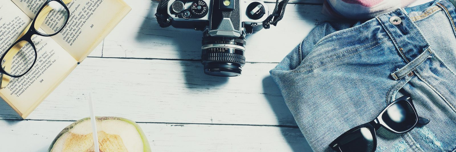 All my favorite travel gear and travel planning resources   travel blogging resources   travel blogging gear   best photography gear and travel accessories