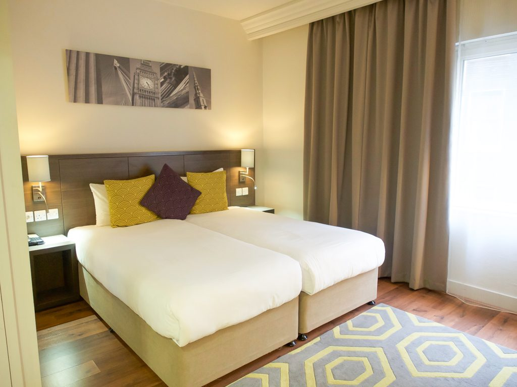 england travel guide - where to stay in england. Where to stay in london   Citadines trafalgar square apartment hotel