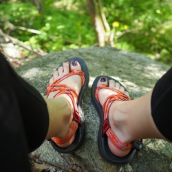 what to pack for travel | multifunctional shoe, chacos hiking sandals