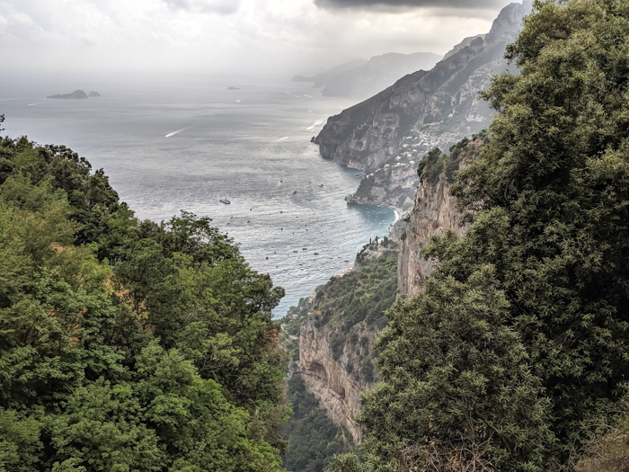 Cliffs and sea along the Amalfi Coast | Hiking the Path of the Gods from Sorrento, Italy on the Amalfi Coast | #pathofthegods #sorrento #amalficoast #hiking #italy