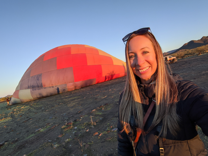 How to dress for a winter hot air balloon ride | Scottsdale, Arizona and Hot Air Expeditions | Hot air balloon packing list #hotairballoon #scottsdale #arizona #packinglist