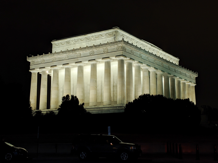 Big Bus night tour of Washington DC, Lincoln Memorial lit up | Another long weekend in Washington, D.C.