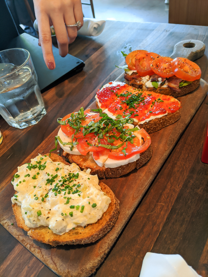 4 Days in Scottsdale, Arizona // A Jam-Packed Itinerary With a Bit of Everything | Where to eat in Scottsdale: Postino Highland #scottsdale
