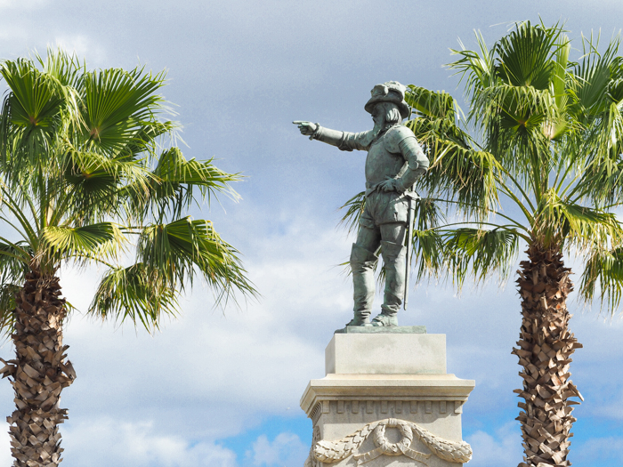 Ponce de Leon statue / 1 day in St. Augustine, Florida: A quick trip to America's oldest city / 24 hours in St. Augustine / day trip to St. Augustine from Jacksonville or day trip to St. Augustine from Orlando