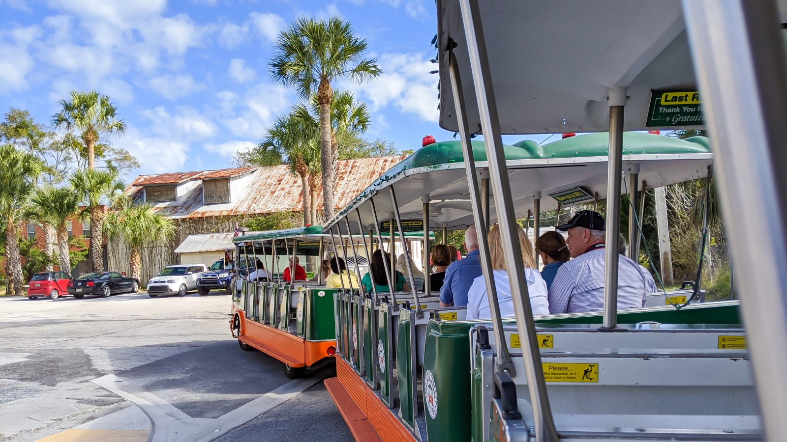 St. Augustine Old Town Trolley Tour Review and Tips / Things to know before you decide to take an Old Town Trolley Tour / St. Augustine, Florida
