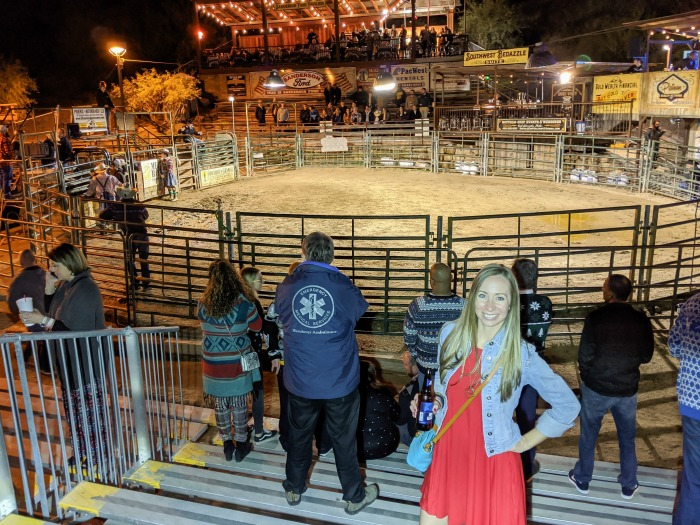 live bull riding at the Buffalo Chip in Cave Creek | What to pack for Arizona in the winter | Arizona packing list | What to wear for a winter trip to Arizona | #arizona #scottsdale #packinglist