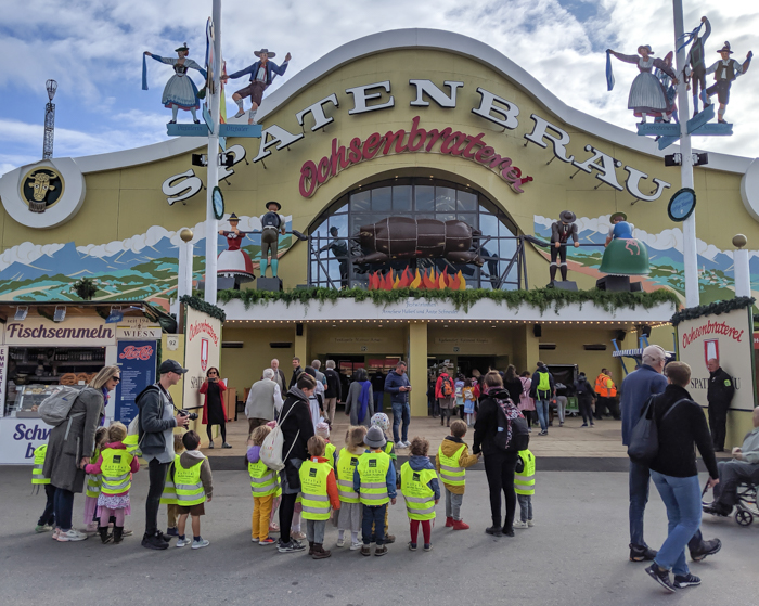 Children on a field trip / Must-Know Oktoberfest tips from an Oktoberfest tour guide and locals / what you need to know about oktoberfest in munich, germany