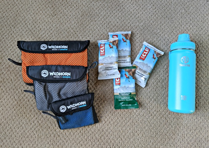 Quick dry towels, clif bars, water bottle / What to pack for the ATM Cave in Belize: What to wear, what shoes to wear, what to bring, and what to never, ever bring into the ATM Cave. #belize #atmcave #spelunking #packinglist