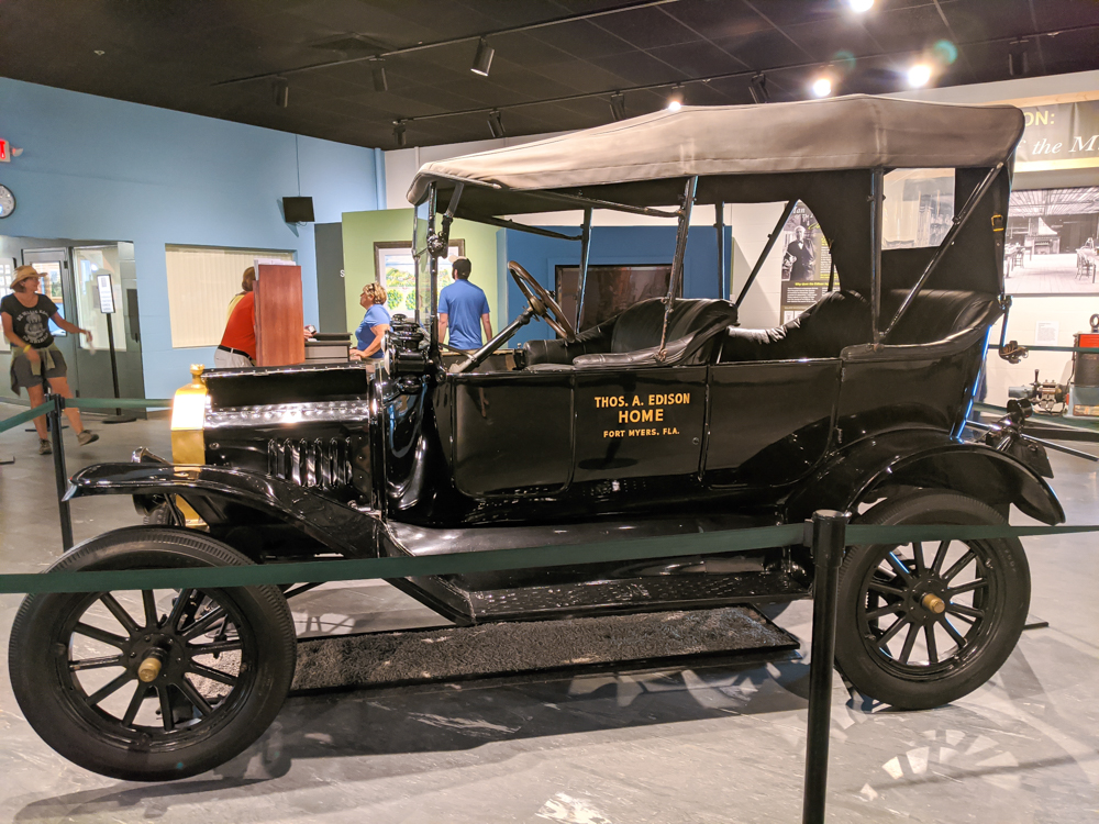2 days in Fort Myers, Florida, a fun weekend itinerary: Edison and Ford Winter Estates, Henry Ford cars
