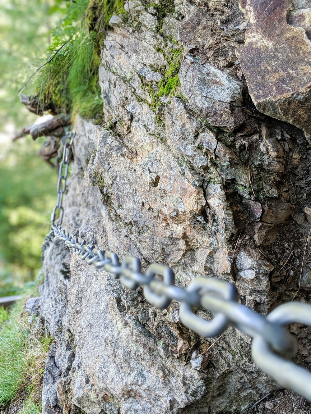Awesome things to do in Chamonix in the summer: Alpine bucket list / rocky trail chains