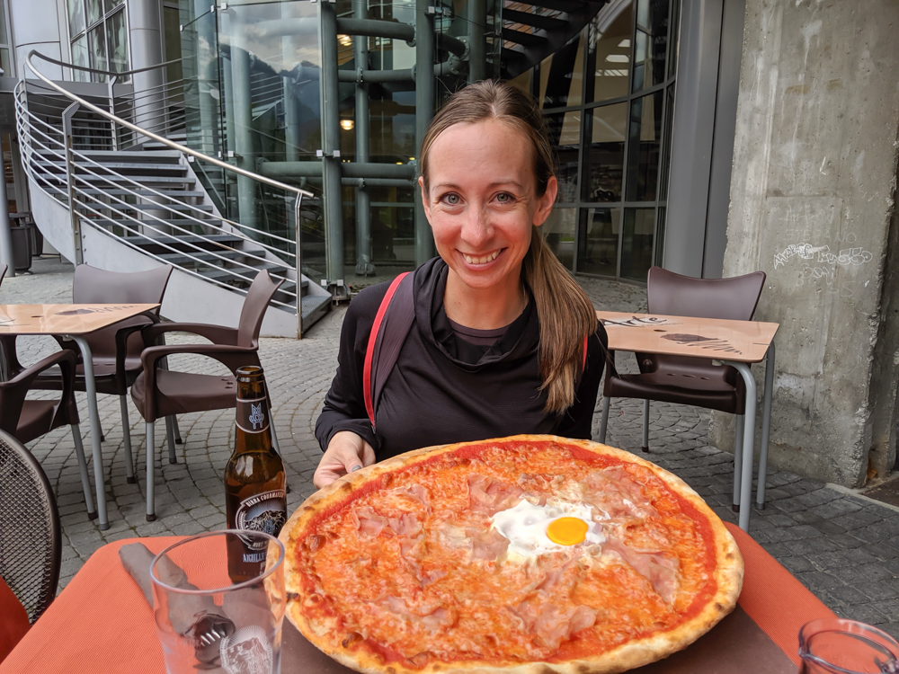 Day trip to Courmayeur, Italy from Chamonix, France / pizza at La Remisa