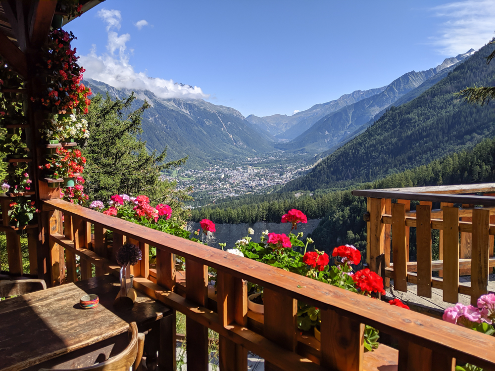 Awesome things to do in Chamonix in the summer: Alpine bucket list / coffee with a view at Chalet des Bossons