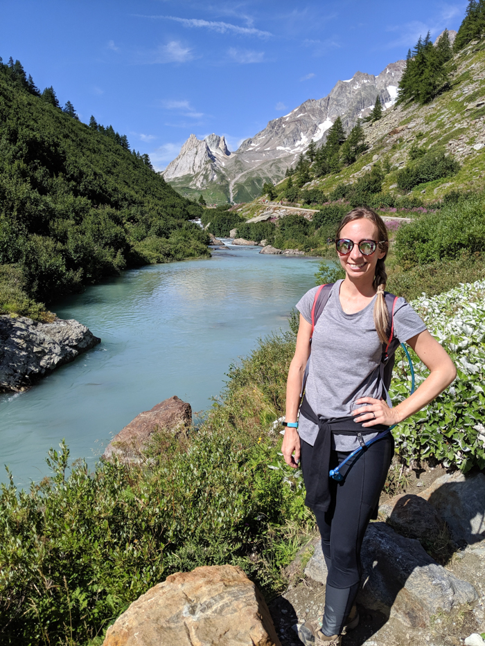 What to pack for Chamonix in the summer / what to wear in chamonix in the summer / alps packing list / chamonix packing guide / what shoes to pack for chamonix / hiking pants