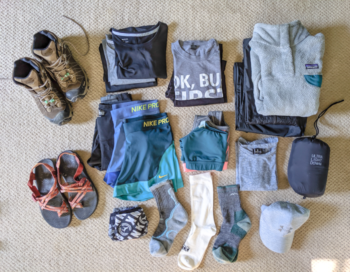 What to pack for Chamonix in the summer / what to wear in chamonix in the summer / alps packing list / chamonix packing guide / what shoes to pack for chamonix