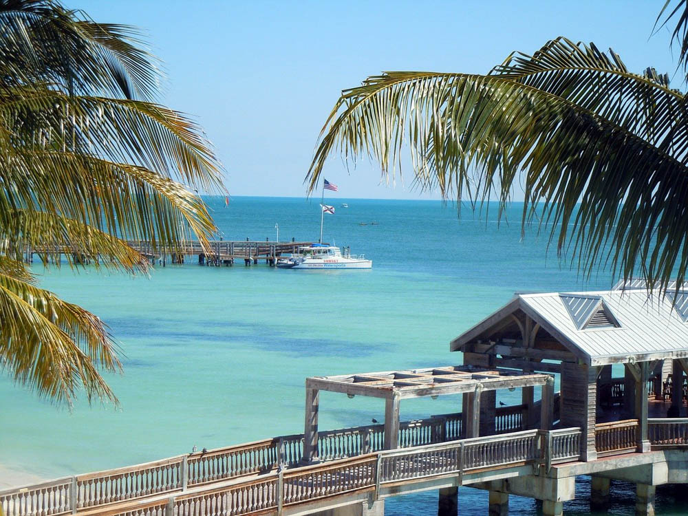 Key West Tips: Helpful Things to Know for a Kickass Weekend in Key West | Beautiful water
