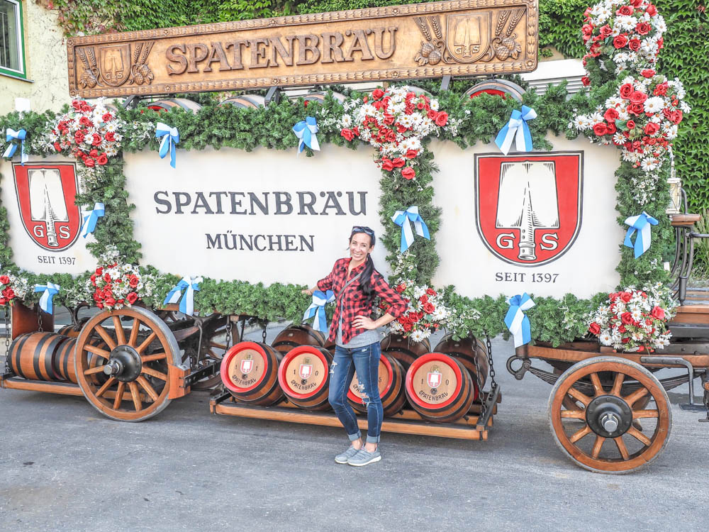 Oktoberfest party beer: What kind of beer to serve at your oktoberfest party   Spaten horse beer carriage