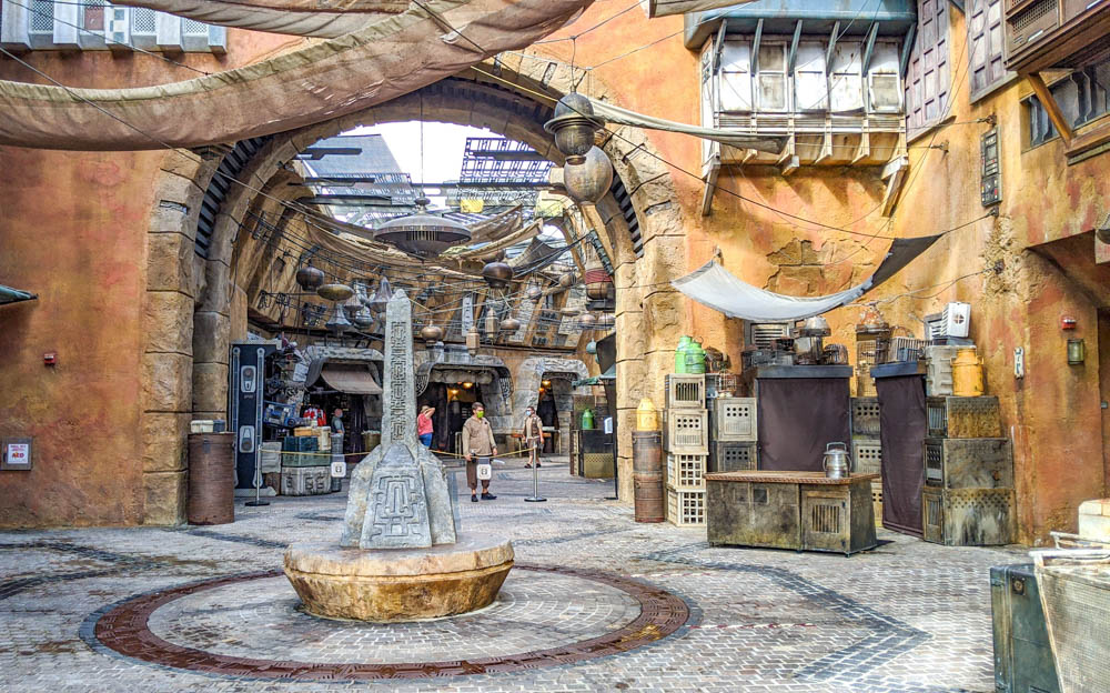 Visiting Disney World During the Pandemic: Everything You're Dying to Know | Disney World in 2020, what it's like to visit disney world right now. | Star Wars Galaxy's Edge