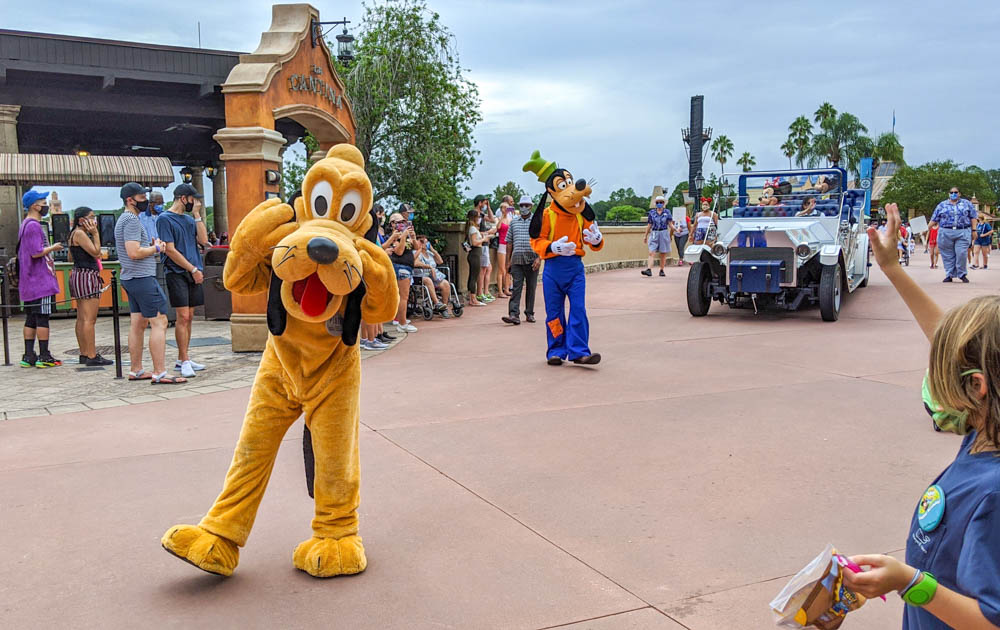 Visiting Disney World During the Pandemic: Everything You're Dying to Know | Disney World in 2020, what it's like to visit disney world right now. | pluto and goofy