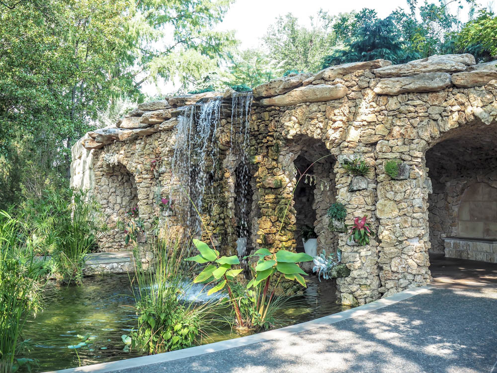 7 Worthwhile Ways to Spend a Weekend in Dallas, Texas | Dallas Arboretum and Botanical Garden