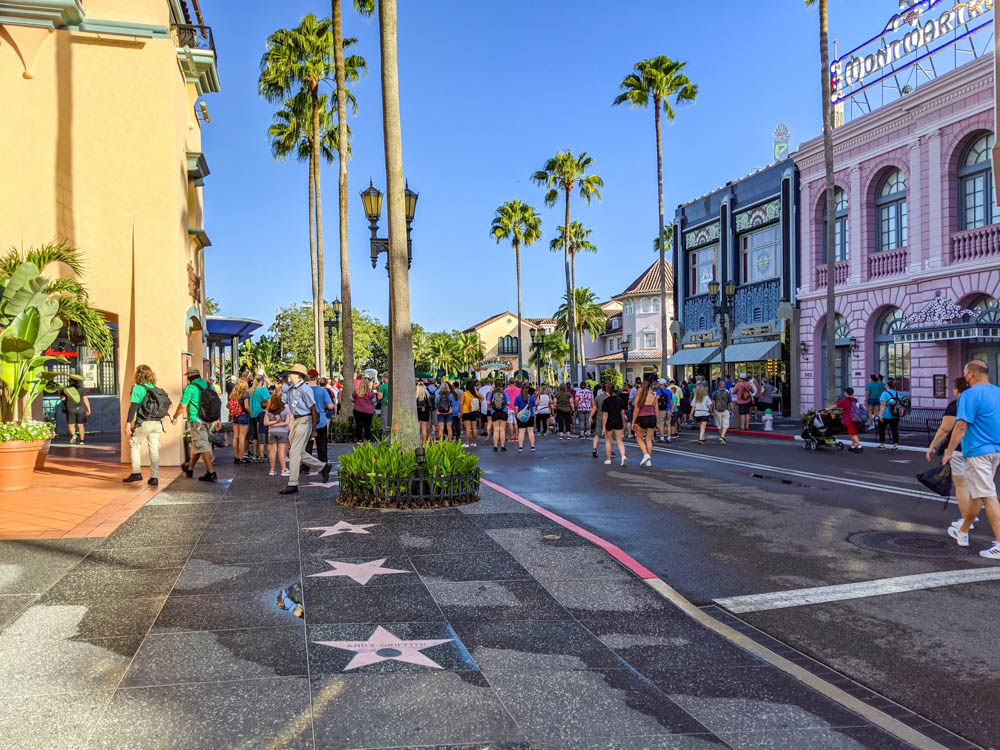 Crowds forming at the entrance of Universal Orlando during the pandemic