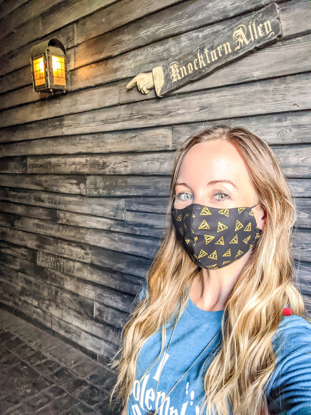 Me wearing a mask at Wizarding World of Harry Potter at Universal Orlando during the pandemic