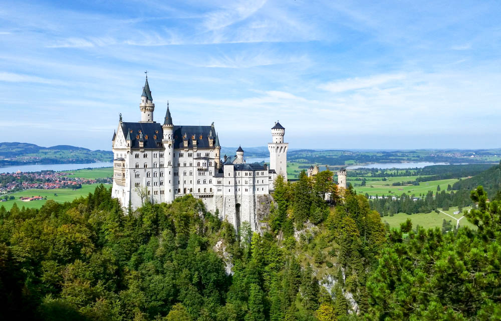 Neuschwanstein Castle view from the bridge | 10 Crucial Tips to Visit Neuschwanstein Castle Skillfully and Worry-Free | Tips for visiting Neuschwanstein Castle in Bavaria, Germany | Neuschwanstein Castle tour tickets