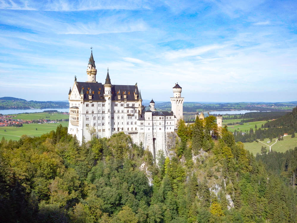classic view | 10 Crucial Tips to Visit Neuschwanstein Castle Skillfully and Worry-Free | Tips for visiting Neuschwanstein Castle in Bavaria, Germany | Neuschwanstein Castle tour tickets