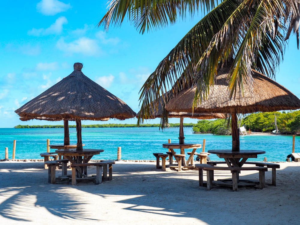 what to pack for belize caye caulker lazy lizard split