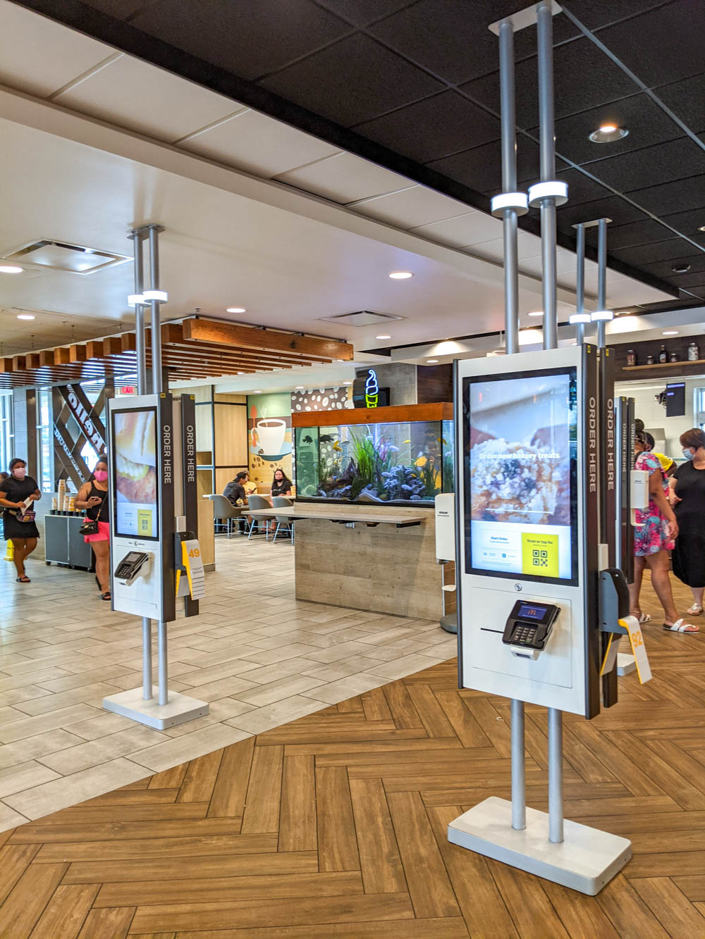 World's largest McDonalds restaurant fish aquarium | The Best Things to Do in Orlando Besides Theme Parks: Orlando, Florida for adults