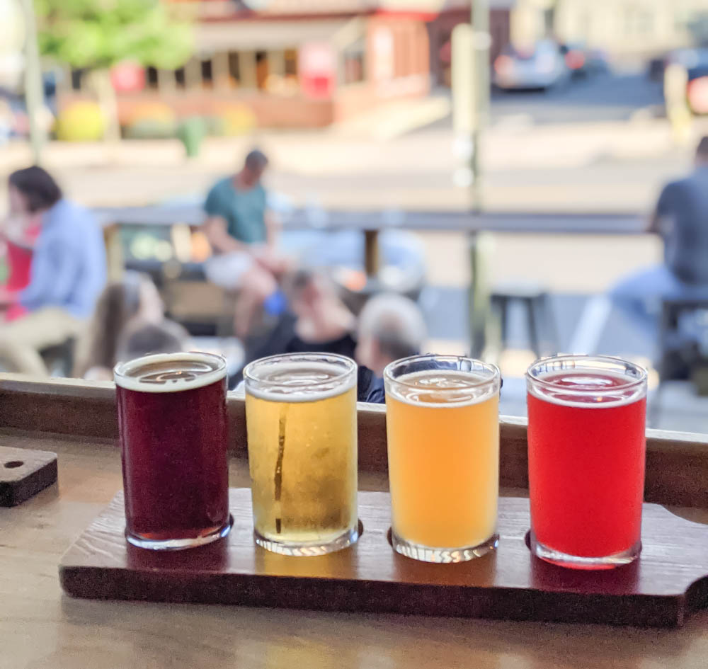 beer flight | Awesome breweries in palm beach county, florida | craft beer and cider in west palm beach