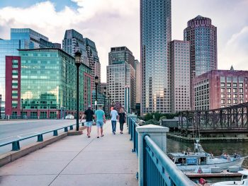 Boston bucket list and the best things to do in Boston, Massachusetts. Pro tips for visiting Boston.