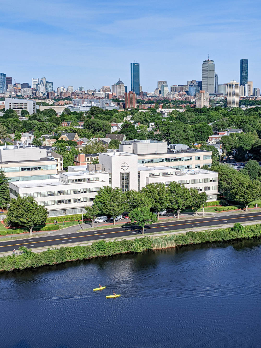 Boston bucket list and the best things to do in Boston: kayakers on the charles river